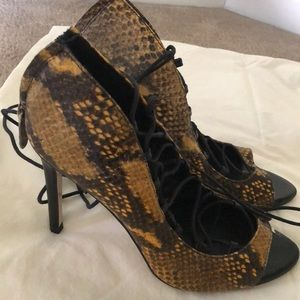 Zara Python print Heels